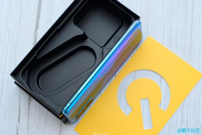 iQOO Neo3实力在线,旗舰级性能的高性价比手机