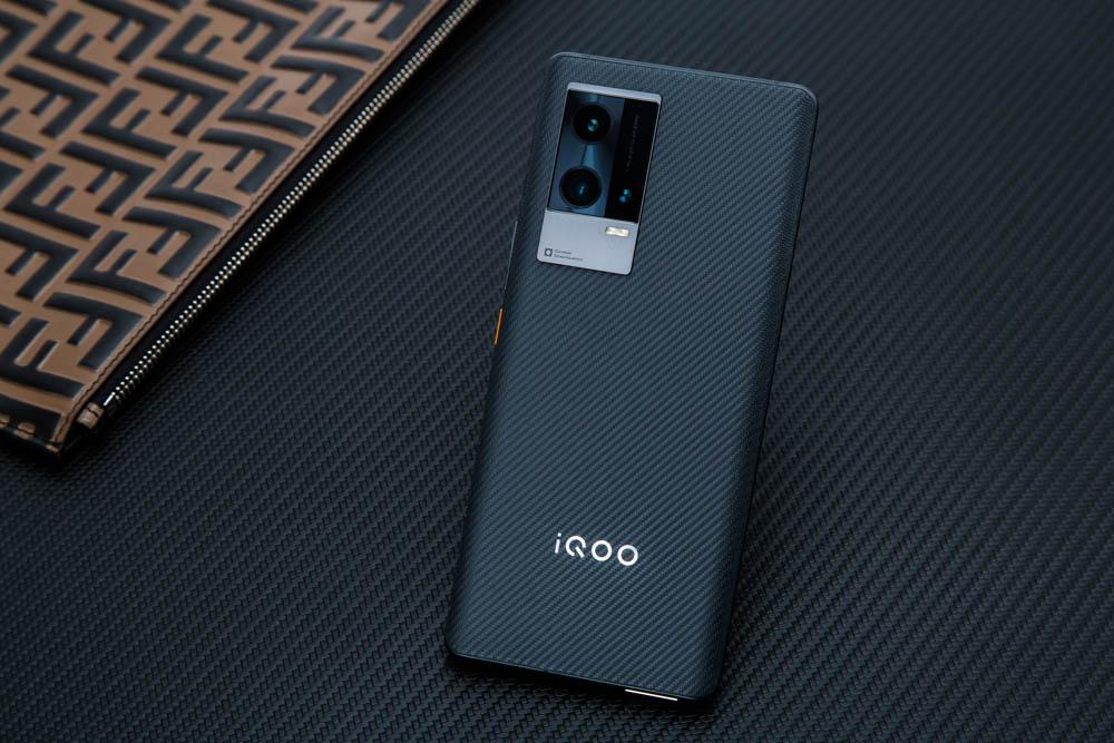 iQOO 8 Pro评测 迈向全能旗舰的转型之作插图