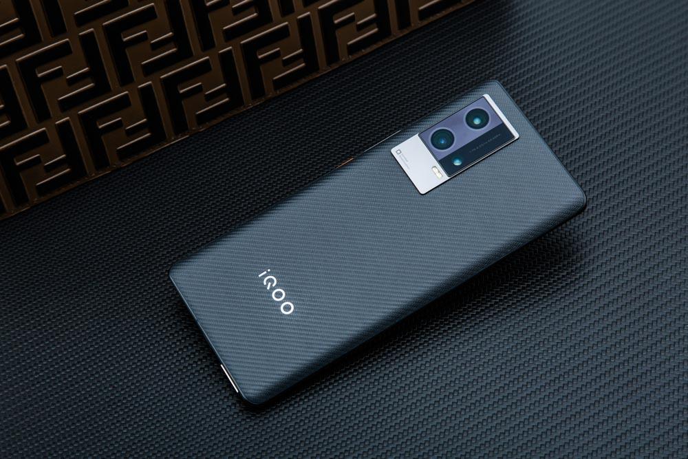 iQOO 8 Pro评测 迈向全能旗舰的转型之作插图(2)